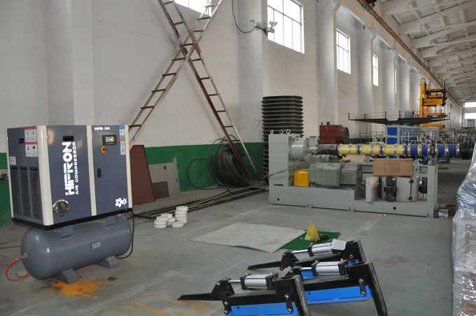 塑料机械行业空压机案例